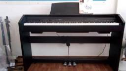 Piano Eletronico Privia px 750