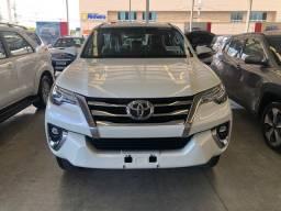Toyota hilux sw4 srx 4x4 2.8 tdi automatica 2020
