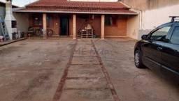 Casa à venda com 2 dormitórios em Jardim veneza, Pirassununga cod:10131802
