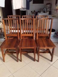 Vendo Cadeiras de Madeira Putumuju