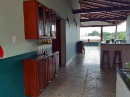 Alugo casa ampla prox. ao INPA