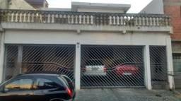 Casa para alugar 400mt do Shopping Maia 2 Quartos** Garagem