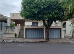 Título do anúncio: Regente Feijó, Casa p/ venda Área Central. terreno 500/útil 314 m²,