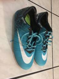Chuteira Nike 100,00
