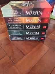 Coleção de Livros Game of Thrones + Livros Suplementares