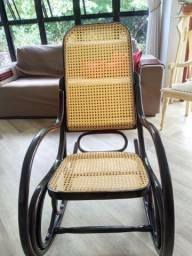 Cadeira de balanço Gerdau anos 60 NOVA palhinha intacta pintura perfeita