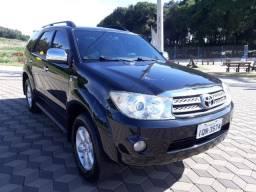 Toyota Hilux SW4 SR 2.7