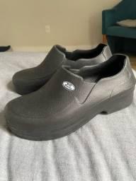 Sapato profissional - Tam 41