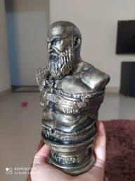 Kratos deus da guerra busto de 13cm