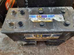 Ocasiao Boa Pra Som Bateria de Caminhao 180 Amperes Moura 3 Meses de Garantia