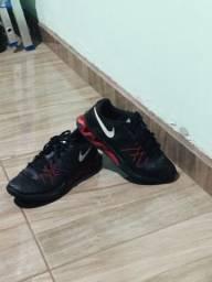 Tênis Nike usado