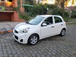 Nissan March S 4P