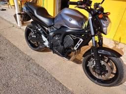 Título do anúncio: Yamaha fz6 600cc 2006
