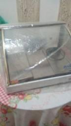 Vende-se uma estufa bem conservada