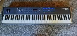 Piano elétrico (SP4-7 kurzeweil) Bem conservado