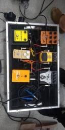 Set de pedais e Controlador MIDI WALDMAN CARBON 61