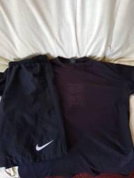 Camiseta e calção Nike