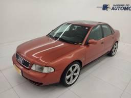 Título do anúncio: Audi A4 turbo 1.8 ! Super conservado e c/ Teto solar! Não Financia
