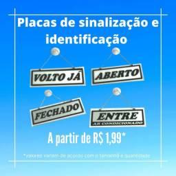Placas de identificação e sinalização em pvc
