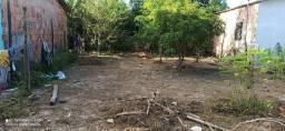 Vendo terreno em dias d'Ávila próximo a nova