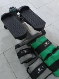 Mini step com mais 4 pesos de perna