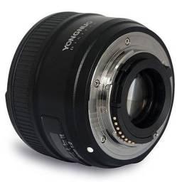 Lente para Câmeras Nikon Yongnuo YN35mm F2 de 35mm com Abertura de Diafragma F/2