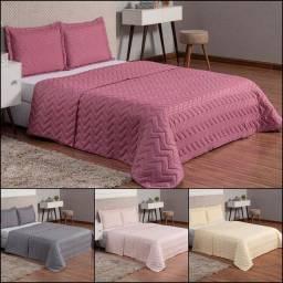 Lindas colchas de cama. Vários tamanhos e cores.