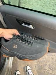 Sapato 43 usado 2 vezes