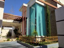 Título do anúncio: Casa térrea com 3 suítes de 220m² por R$630.000,00