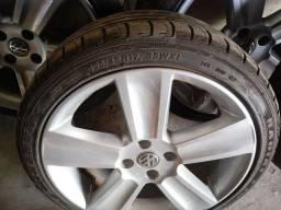 """Rodas com pneus aro 17"""" R$ 2.300,00"""