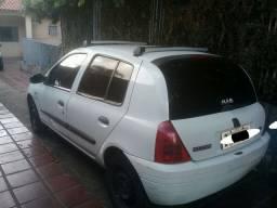 Vendo Clio 1.0 Ano 2000 8 Válvulas