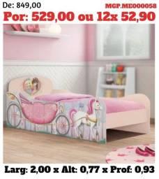Cama Infantil- Cama das Princesas e Carros - Carruagem - Solteiro-Novo