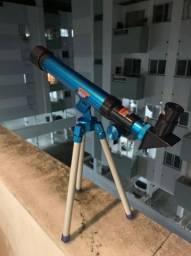 Telescópio astronômico para crianças e ciência educacional