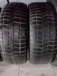 2 pneus 265/65/16. Michelin.