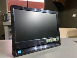 Computador i3 com tela integrada