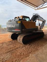Título do anúncio: Escavadeira Hyundai PC 180LC-9