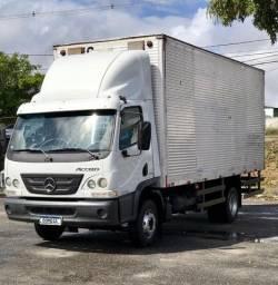 Caminhão Mercedez Accelo 1016 2013