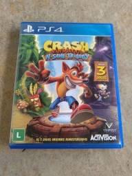 Crash bandicoot N sane triology PS4  semi novo