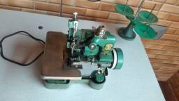 Título do anúncio: Máquina de costura , overlock semi industrial.
