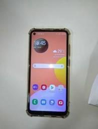 Samsung A11, semi-novo (sem marcas de uso)