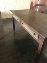 mesa antiga de jacarandá em ótimo estado