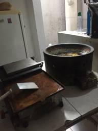 Chapa, fritadeira, geladeira e freezer vertical