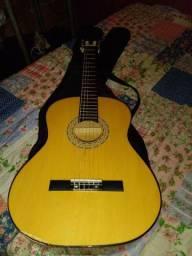 Vendo esse violão novo por 150 nao fasso entrega nao
