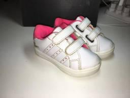 Tênis pra bebê - feminino