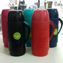 Garrafa térmica de café Alladin aquece até por 12 horas