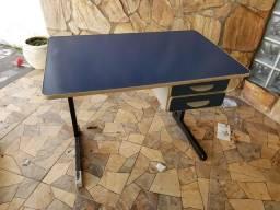 Mesa para escritório c/ gaveta