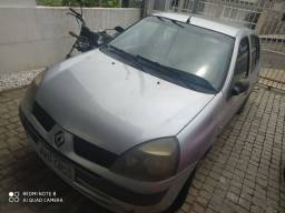 Clio sedan 2005 exp