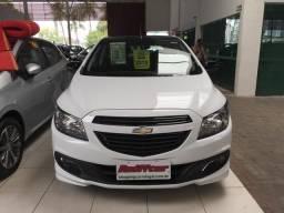 Chevrolet Onix Effect - 2015