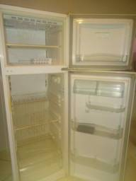 Geladeira degelo manual,  duplex 410 litros