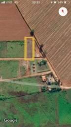 Vende-se uma chácara 1.000 de mts, atrás do Aguinaldo das Pamonhas